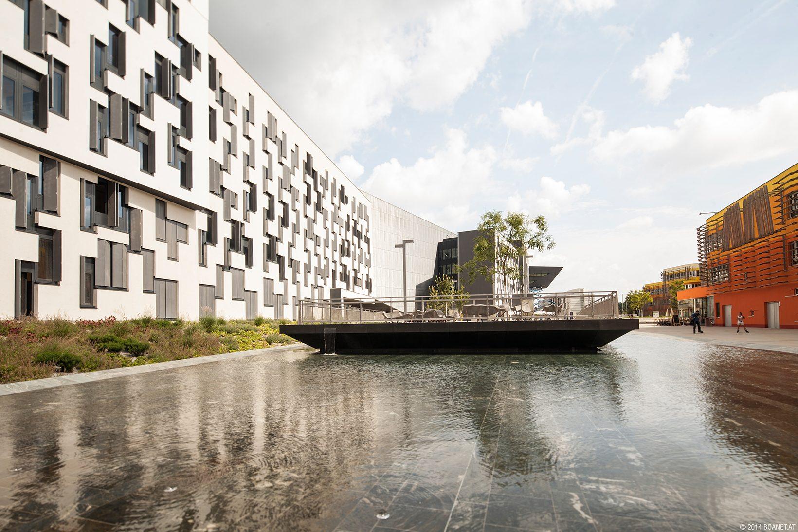 Campus Wasserbecken (c) BOAnet