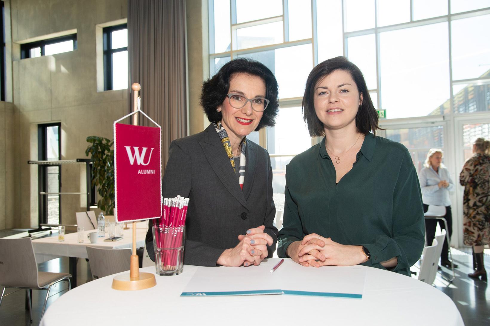 Tatjana Oppitz und Mona Asfour